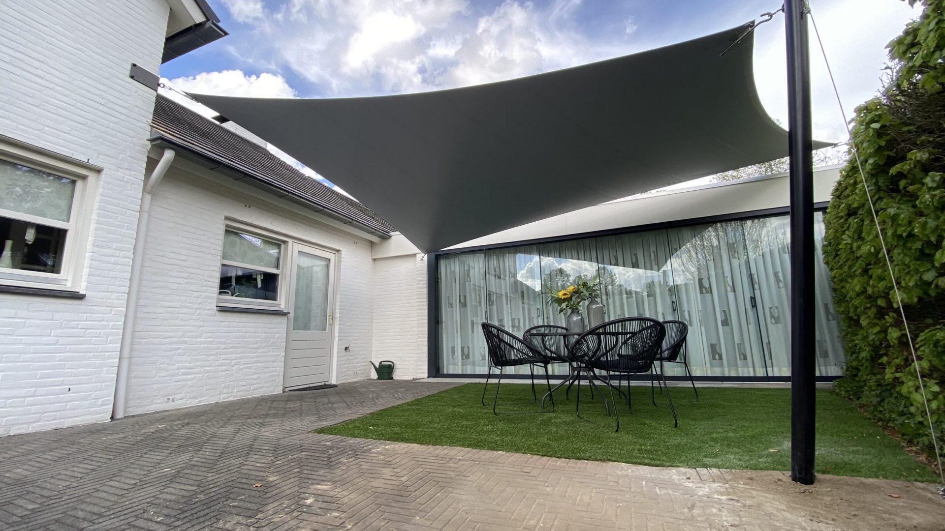 Epic Living Garden Shelter - Rikugien shelter 2