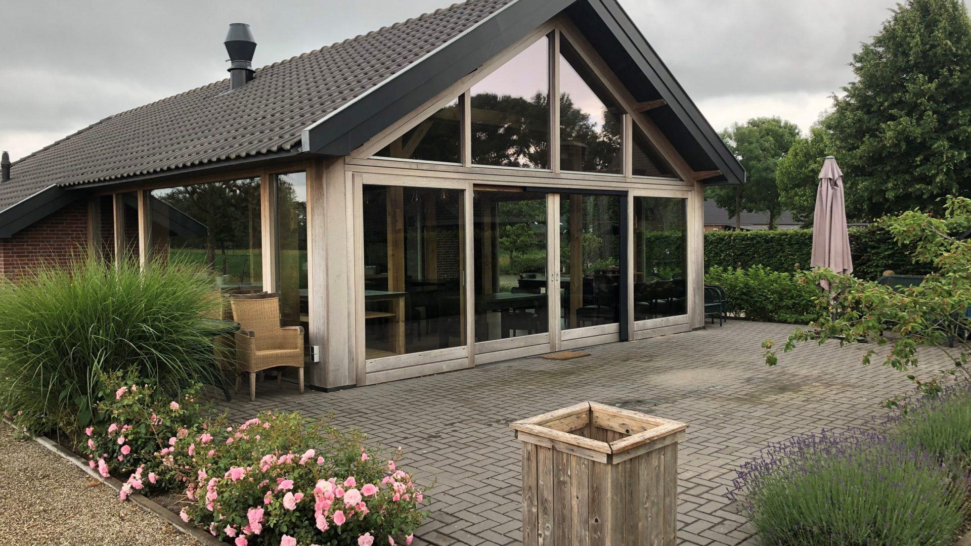 EPIC Living Garden Shelters - Lisse Foto 1