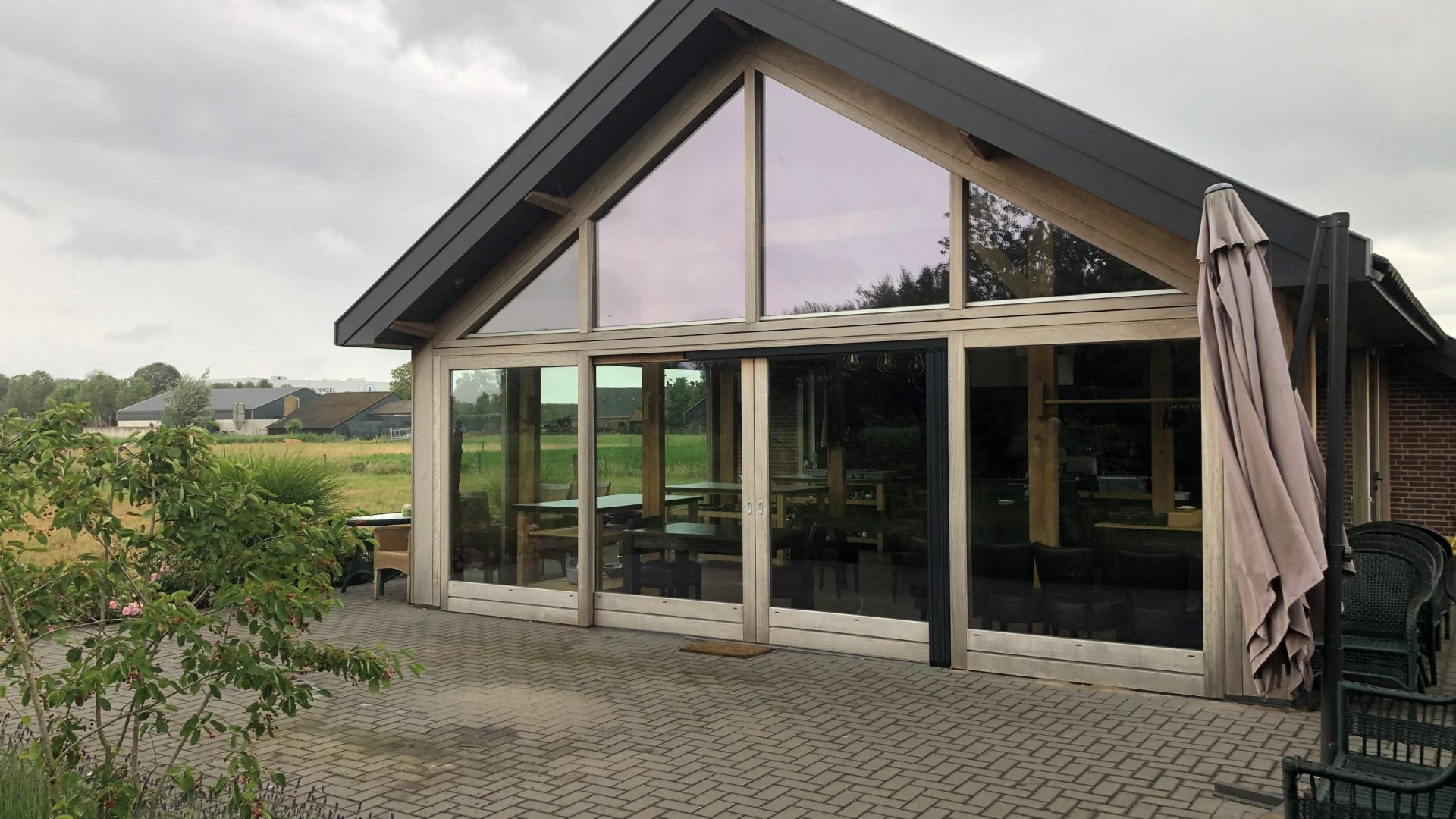 EPIC Living Garden Shelters - Lisse Foto 2